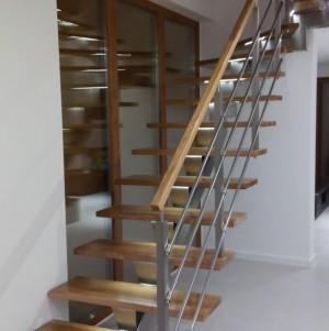 proste schody wewnętrzne